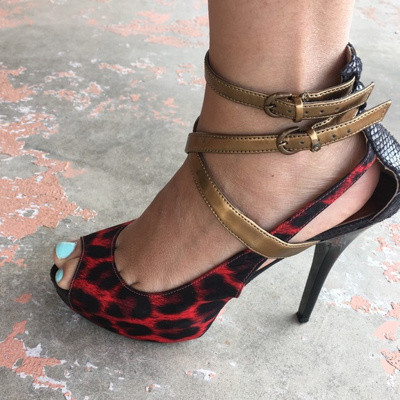6585c16f3f1 Guess Shoes - Guess Red leopard print heels